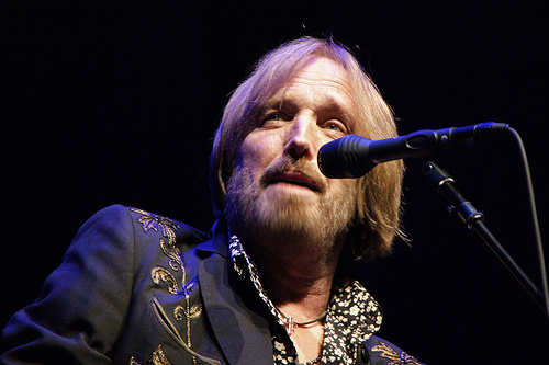 Tom Petty now uses ecigs