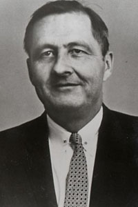 Black and white image of Fletcher Knebel.