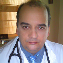 Head shot of Dr Konstantinos Farsalinos.