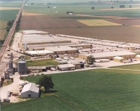A Glister Mary Lee popcorn plant in Missouri.