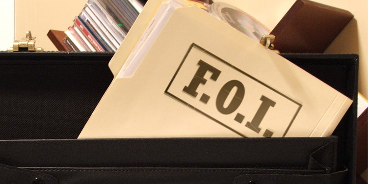 Image of file with FOI written on top.
